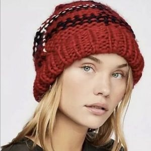 Free People Chunky Knit Red Plaid Beanie NEW
